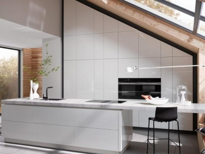 White-handle less-kitchen-contemporary-Staffordshire-Kitchens
